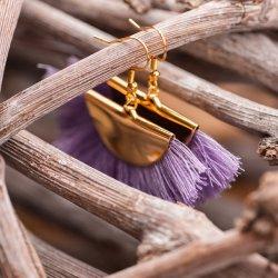 Statementohrringe in Lavendel